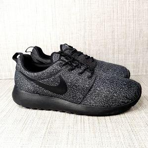 Nike Roshe Run Print Athletic Sneaker Black/Grey 9